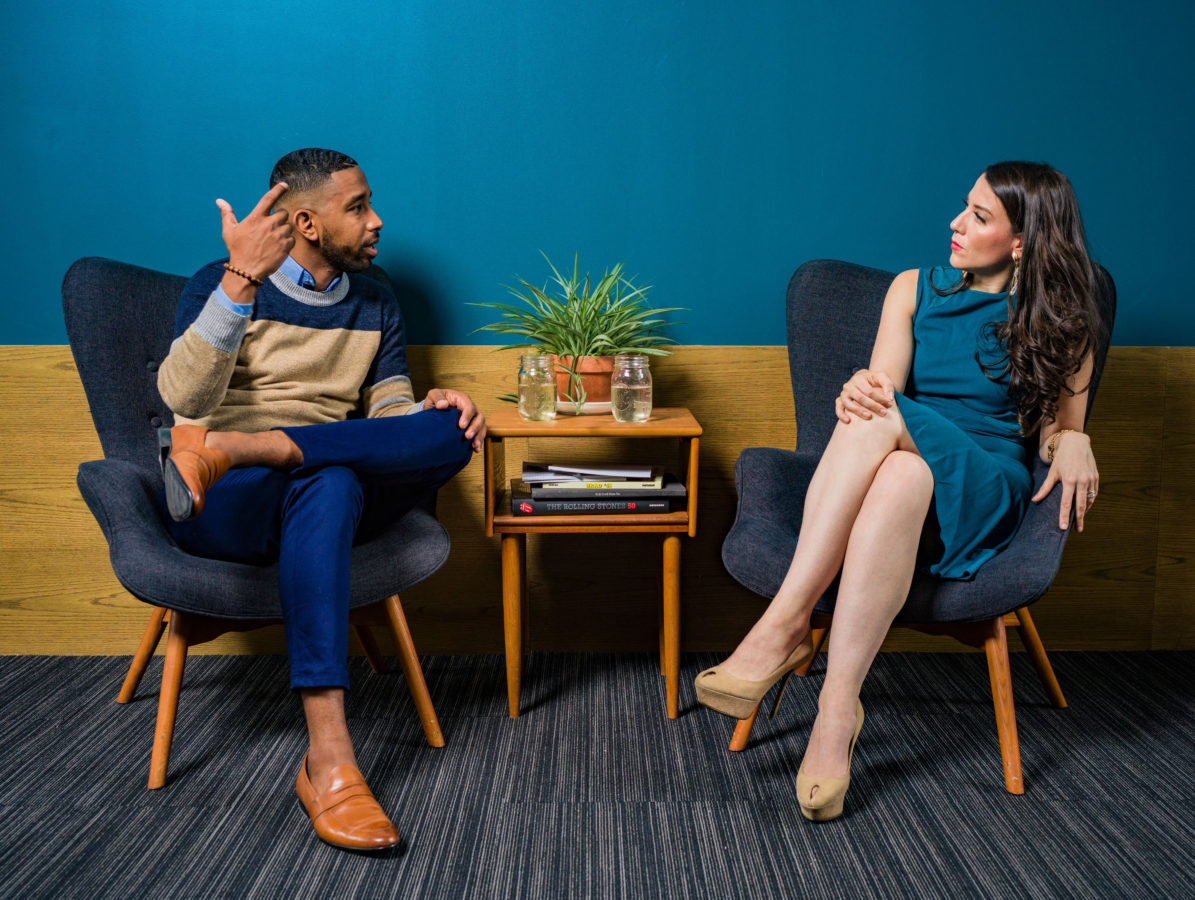 couple in a divorce mediation session