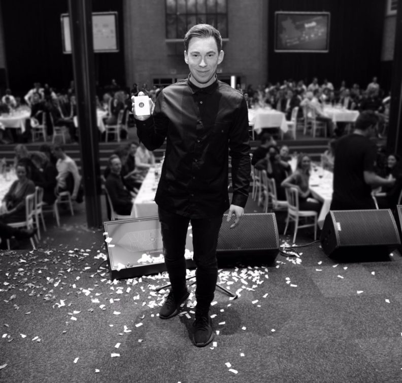 Hardwell wins SpinAward