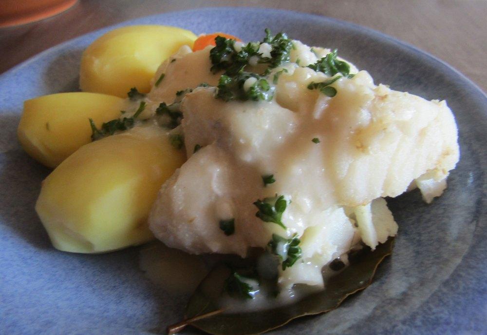 Kochfisch mit Dill- oder Senfsoße DDR Rezept