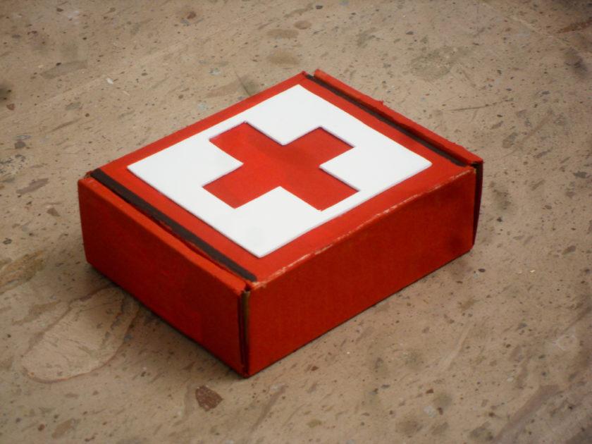 Botiquin de primeros auxilios basico