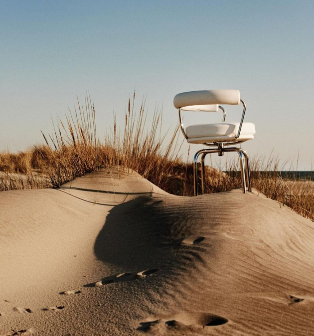 interior-inspiration-summer-seats-via-WSJ-magazine-desmitten