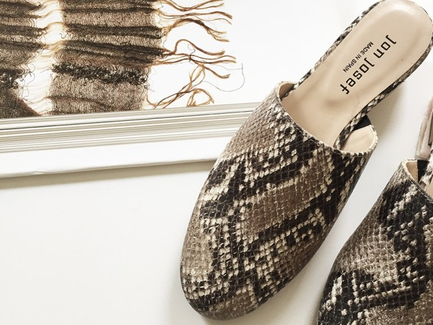 best-of-basics-spring-slides-gran-by-jon-josef-womens-fashion-desmitten