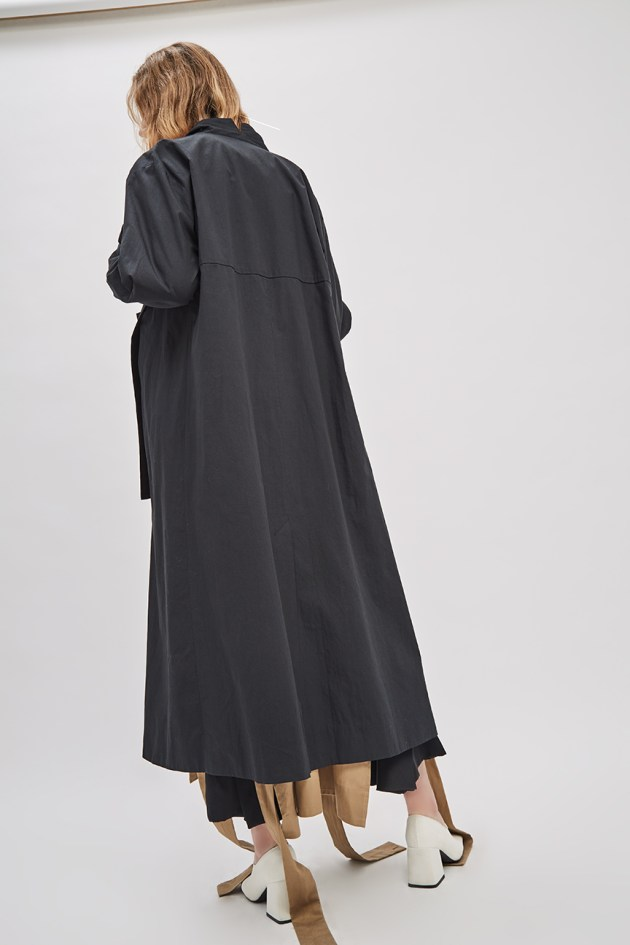 asymmetrical-overcoat-trench-black-coat-de-smet-made-in-new-york-5