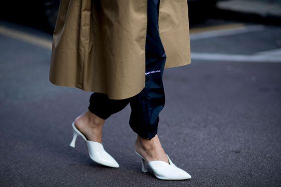 white-mules-milan-elle-street-style-desmitten