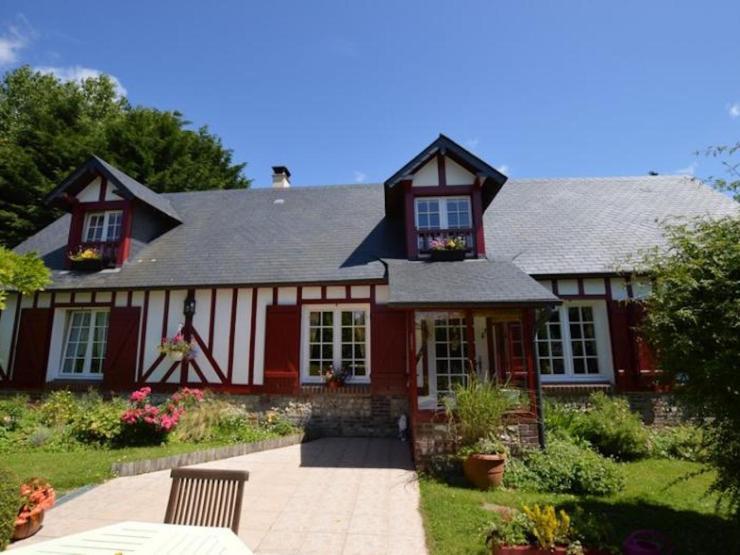 Maison 120 m² environ 5 pièces façade superbe
