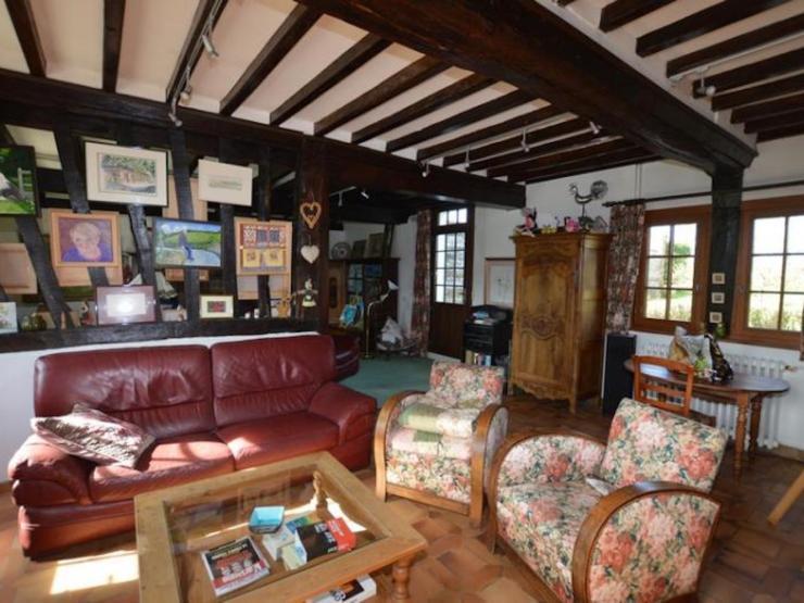 Vaste maison normande 240 m² environ8 pièces salon