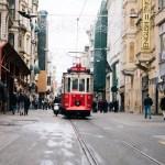 city-trolley—Gabriel-Garc