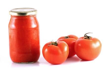 3 Wege, um Tomaten zu kochen