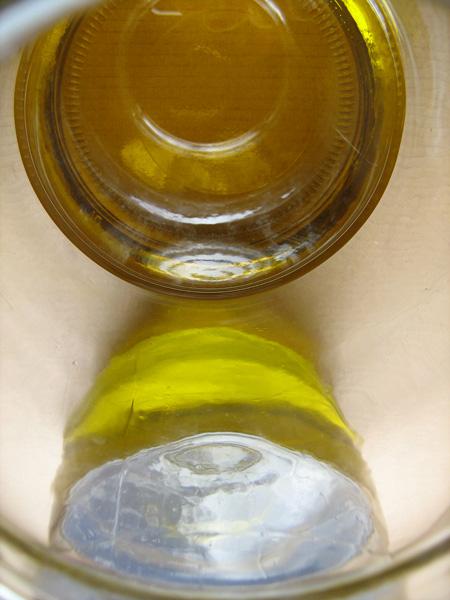 Essenzen Gewürze Kräuteröle