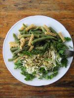 Chlorophyll-Salat kalt und warm
