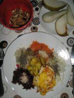 rohen Salat mit Sesam
