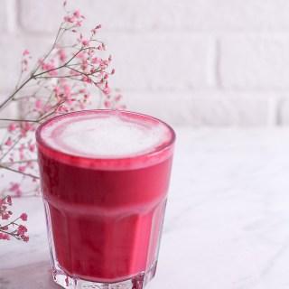 Rote Bete Latte - rein pflanzlich, vegan, glutenfrei, ohne raffinierten Zucker - de.heavenlynnhealthy.com