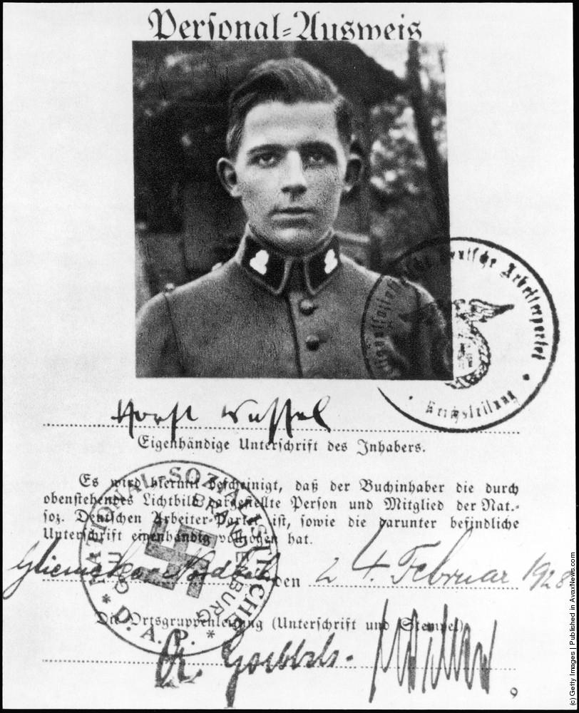 Datei:NSDAP Ausweis Wessel.jpg