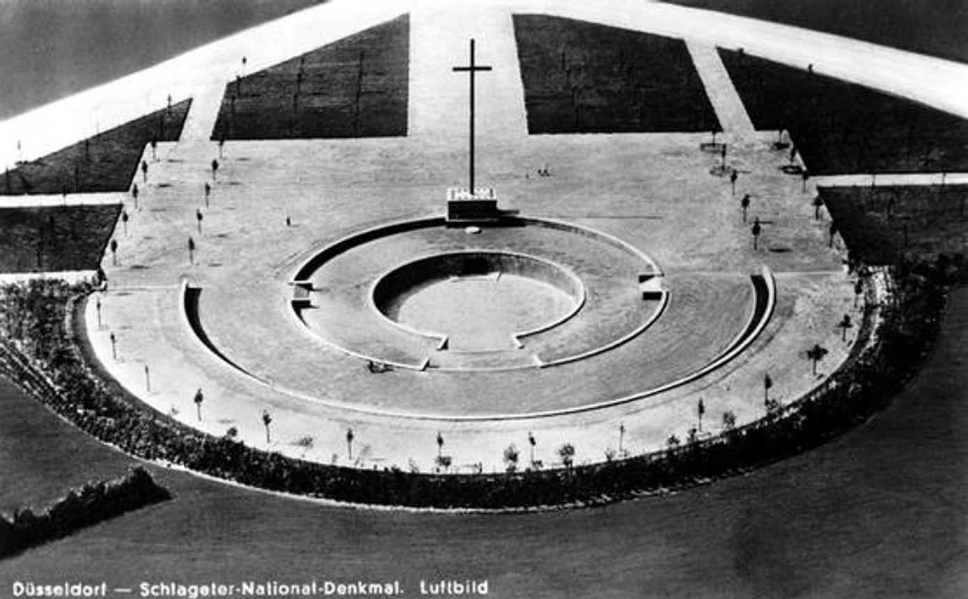 Datei:Schlageter Denkmal Düsseldorf.jpg