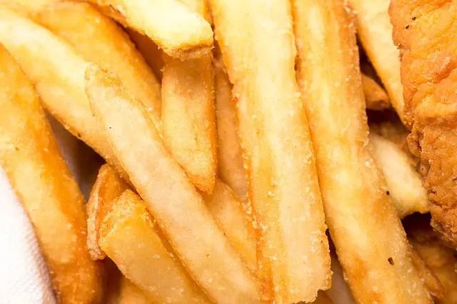 bordje met friet