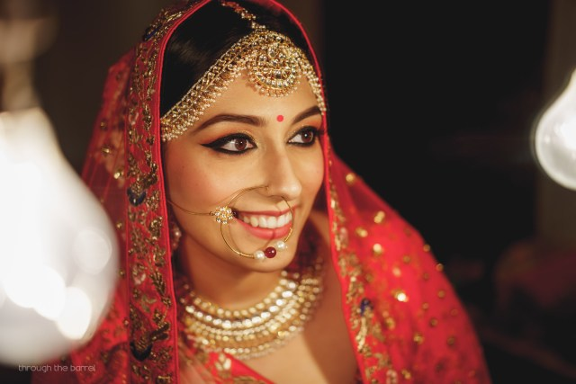 how to pick the right maang tikka & mathapatti for your face
