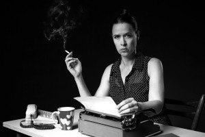 Retro-writer-woman-300x200_f_improf_300x200