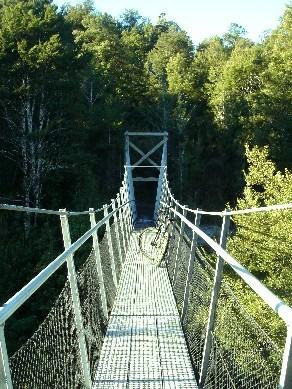 090723 Swing bridge