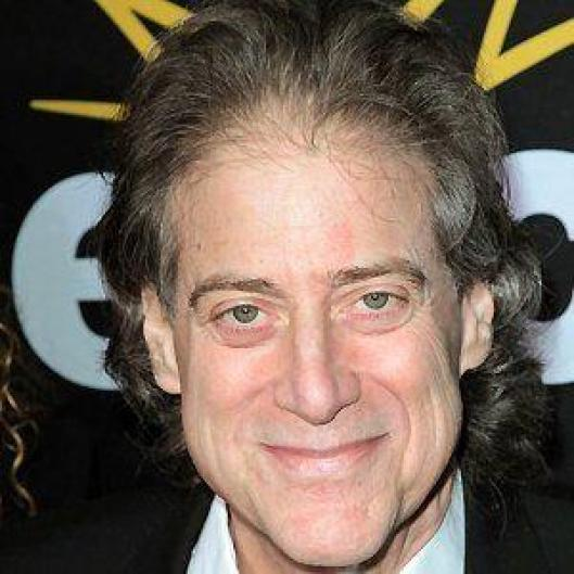 Richard Lewis Death Fact Check, Birthday & Age | Dead or Kicking