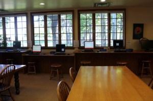 KellyDeadwood-201410Oct-LibraryRoom