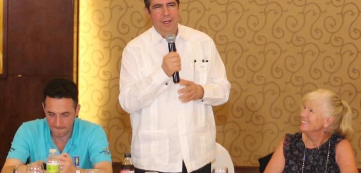 Asociación Cruceros de Florida y el Caribe reconoce a Francisco Javier García