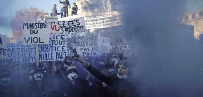Video: Violentos disturbios en París en multitudinaria protesta