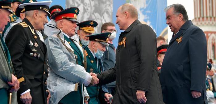 "Putin advierte Rusia defenderá ""firmemente"" sus intereses"