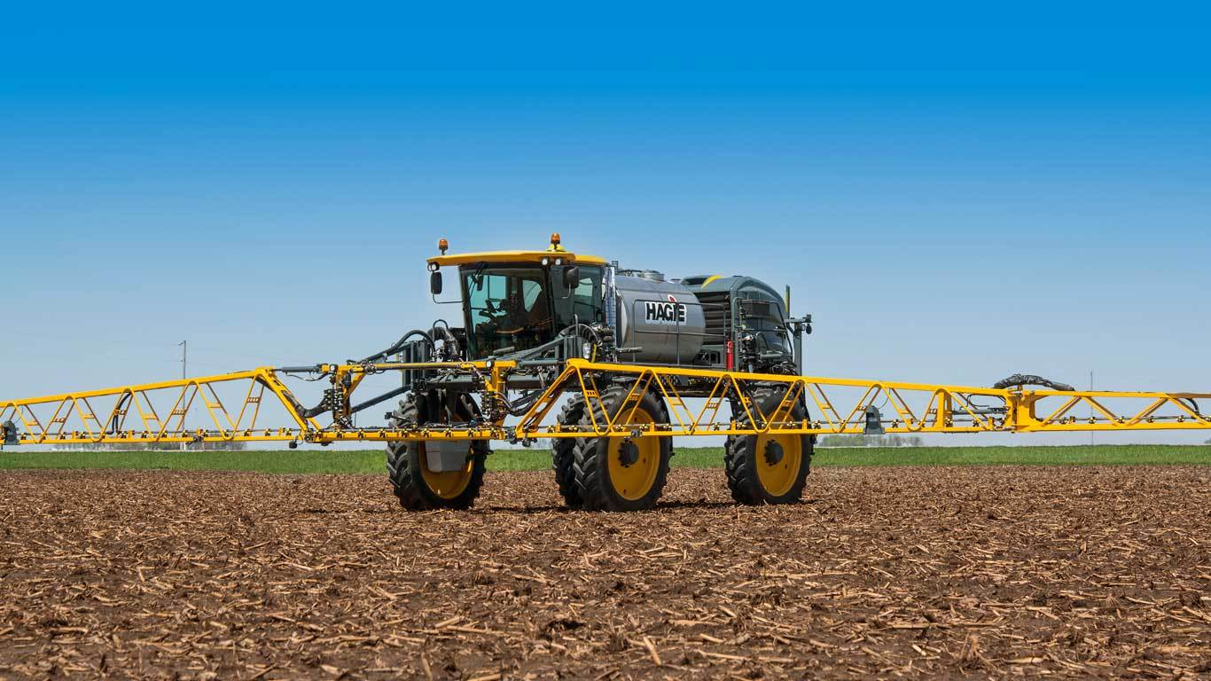 Sts14 Hagie Self Propelled Sprayer