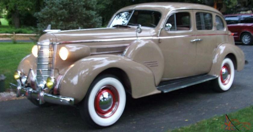 1937 Oldsmobile Model L37 Club Coupe
