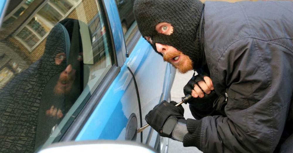 08.10.16 - Car Thief