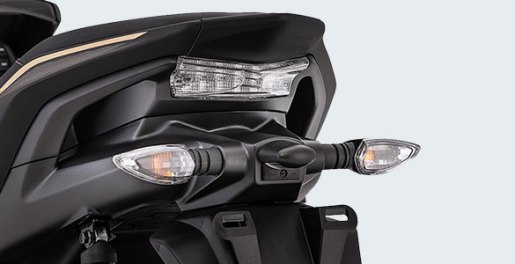 aerox-gp-Sporty-Integrated-Rear-Handle-Grip