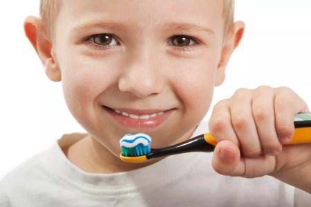 نسبة الفلورايد في معجون الأسنان للاطفال