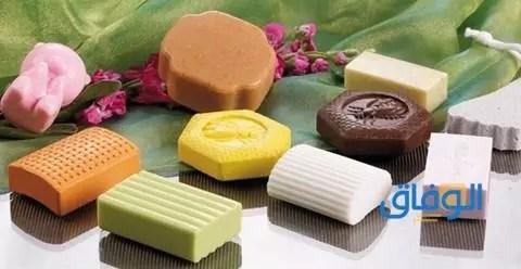 أفضل صابون لحب الشباب والبقع للبشرة الدهنية.