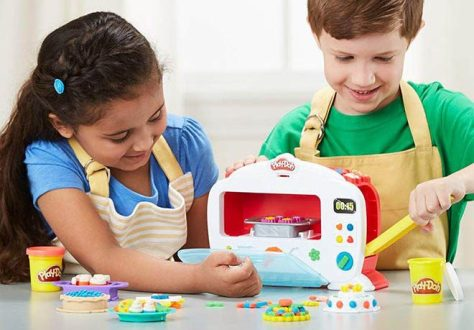 Play-Doh-Magical-Oven-1.jpg
