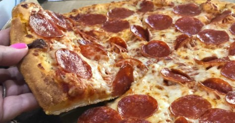 Dominos-Pepperoni-Pizza.jpg