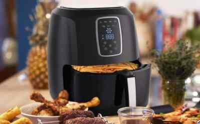 Emerald 5.2L Digital Air Fryer JUST $50 + FREE Shipping (Reg $140) – Today Only!