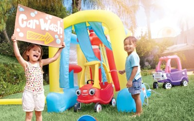 Little Tikes Wacky Wash ONLY $98.65 + FREE Shipping at Walmart (Regularly $245)