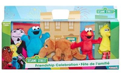 BEST BUY: Sesame Street Mini Plush Celebration Pack Only $20.99 (Regularly $40)