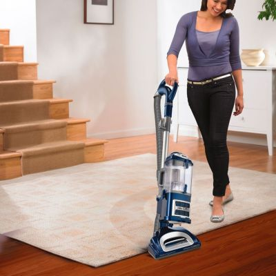 KOHL'S: Shark Navigator Lift-Away Deluxe Professional Bagless Vacuum, JUST $189.99 (REG $229.99)