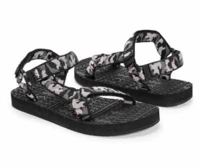 Jane: MUK LUKS® Mens Tristian Sandals Only $12.99 (Reg. Price $40)
