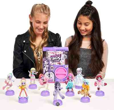 Amazon: Capsule Chix Giga Glam Collection, 4.5 inch Doll with Capsule Machine ONLY $5.44