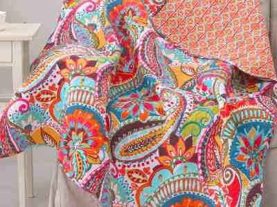Zulily: Red & Blue Paisley Rhapsody Reversible Quilted Throw ONLY $31.99 (Reg $50)
