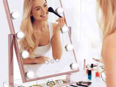 Amazon: Makeup Vanity Mirror with Lights For $23.88