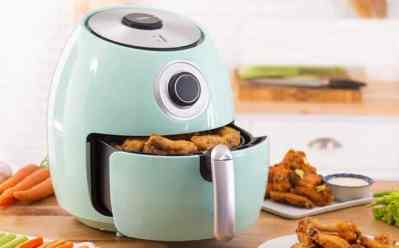 Belk: Dash 6-Quart Family Air Fryer with Cookbook JUST $50 (Reg $130)