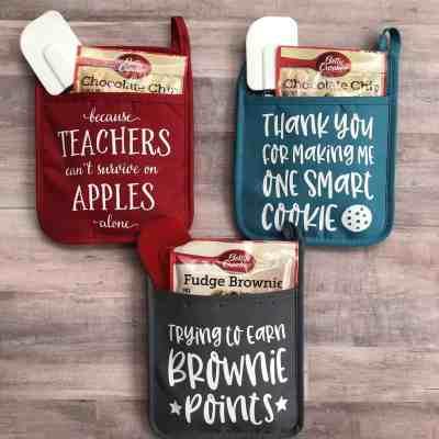 Jane: Teacher Potholders under $10 (Perfect Christmas Gift!)