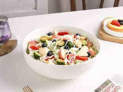 Amazon: 2.5 QT Large Porcelain Salad Bowls (Set of 2) for Only 13+