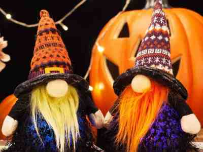 Amazon: Set of 2 Nisse Swedish Nordic Tomte with Wizard Witch Hat Light Decor $7.99 (Reg. $15.99)