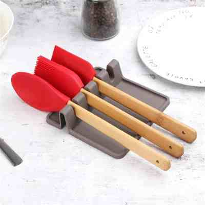 JANE: Waloo Silicone Utensil Rest For $5.49 At Reg. 24.99