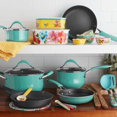 Walmart: The Pioneer Woman Frontier Speckle 25-Piece Nonstick & Cast Iron Cookware Combo Set $69.00