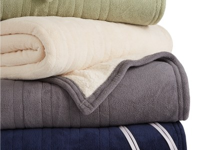 Macy's: Microplush Reverse Faux Sherpa Electric Twin Blanket for $47.99 (Reg $160.00)
